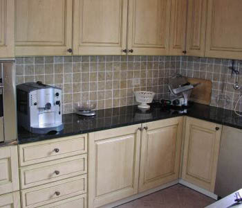 Piastrelle per la cucina arredami casa - Piastrelle per cucina classica ...