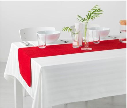 Runner rosso Ikea per Natale