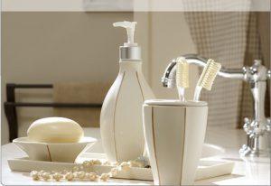 Vorresti rinnovare il bagno cambia gli accessori bagno for Accessori bagno bianchi