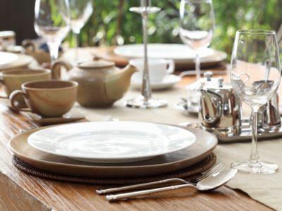 Come apparecchiare la tavola: bon ton e disposizioni