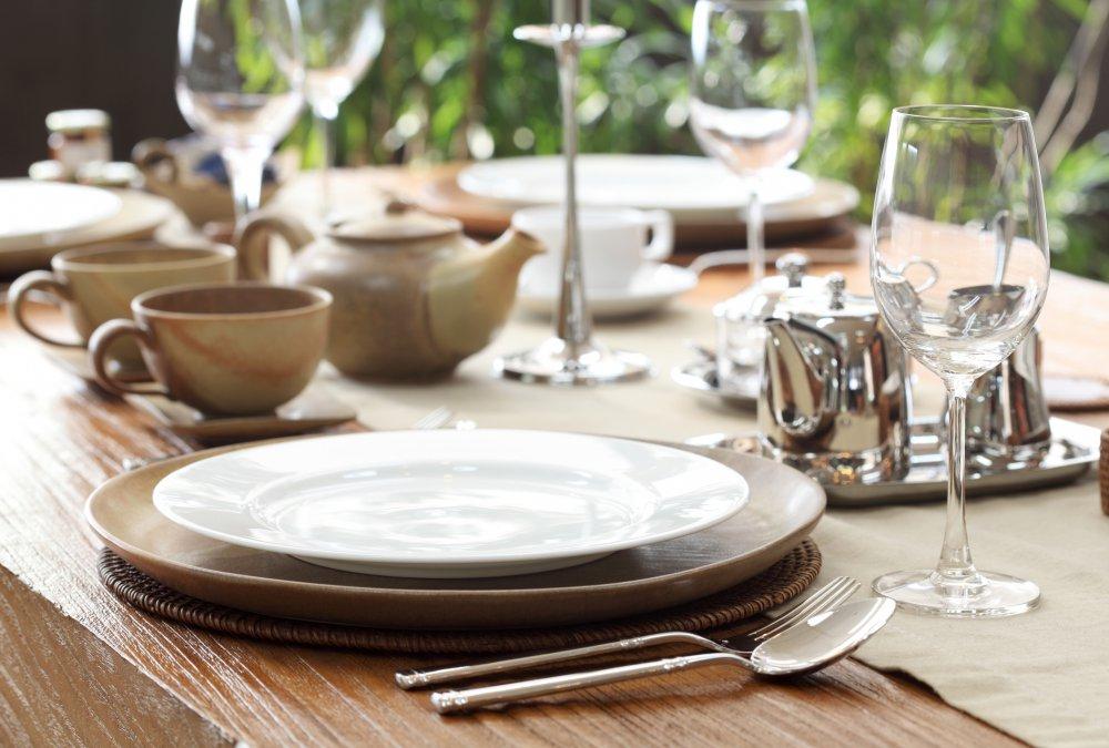 Come apparecchiare la tavola bon ton e disposizioni - Bon ton a tavola ...