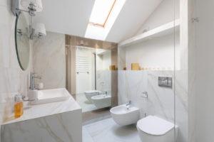 Read more about the article Come sfruttare ed arredare gli spazi di un bagno