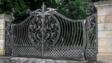 cancelli in ferro battuto antichi