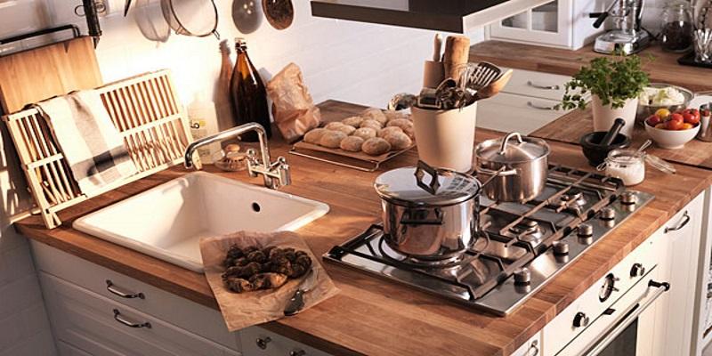 Cucine rustiche Ikea: soluzioni salvaspazio - ArredamiCasa.it