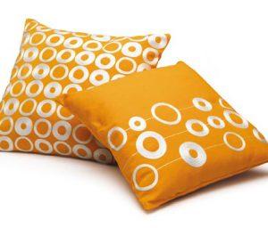 Come utilizzare i cuscini arredo per dare un tocco diverso for Cuscini materasso arredo