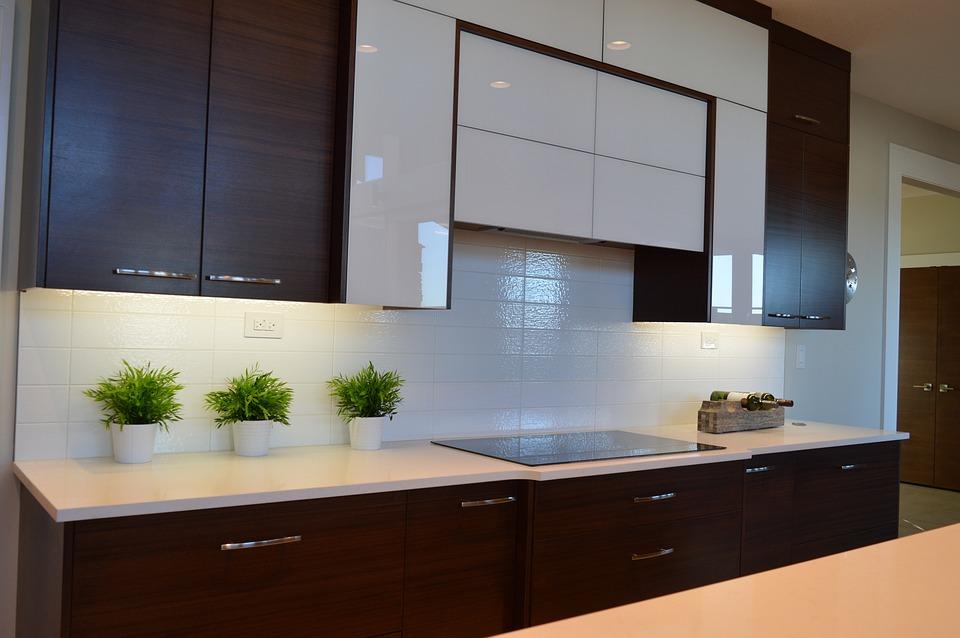 Muro cucina senza piastrelle come un bagno it con muro cucina