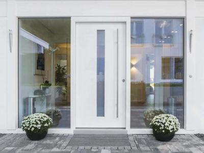 Porte blindate di design: scopriamo i modelli con vetro