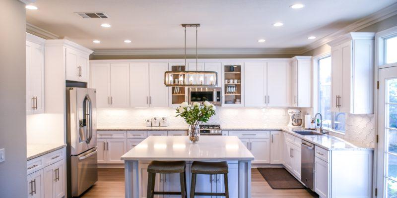 You are currently viewing 9 consigli per pulire la cucina in legno senza danni