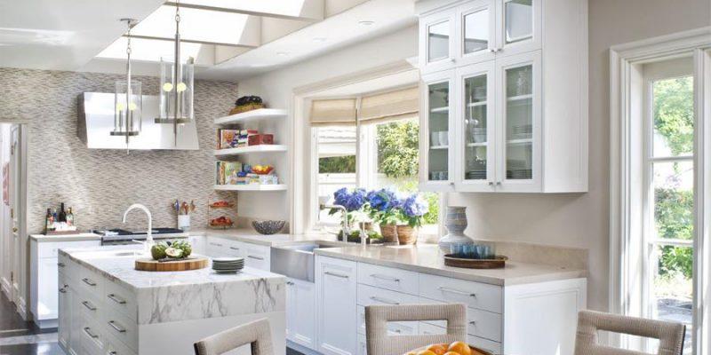 You are currently viewing Prodotti e trucchi per pulire i mobili della cucina
