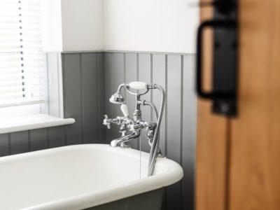 Arredamento, ecco il pezzo forte del 2020: la vasca da bagno